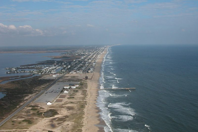 Virginia Beach, VA. Photo: U.S. Army Corps of Engineers, Norfolk District, United States. Wikimedia Commons
